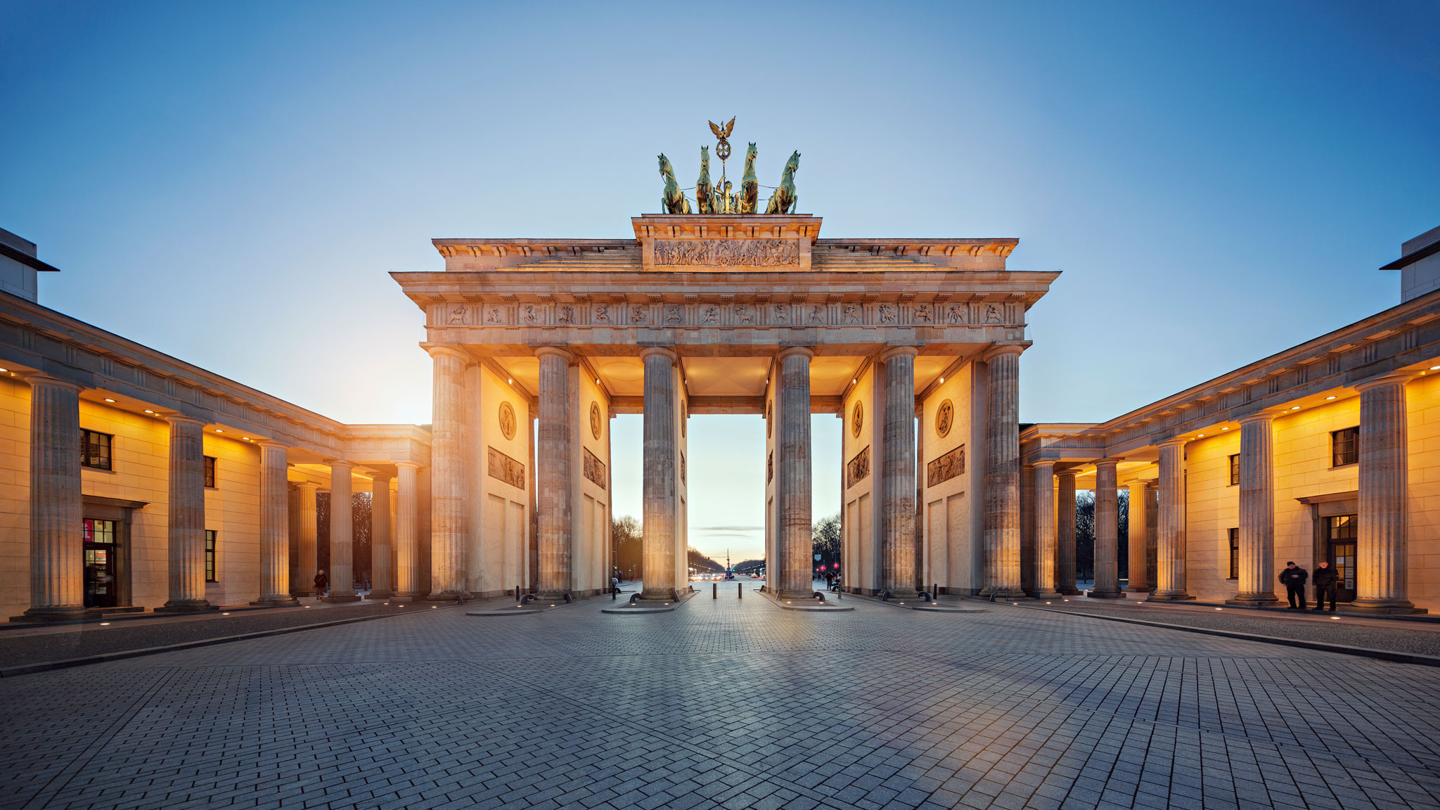 Brandenburg Gate, Berlin, Germany - Caparol Sylitol facade paint